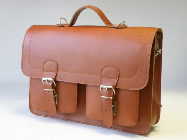 ca233d91a0a5e Teczka - plecak ze skóry naturalnej bydlęcej juchtowej, model 0400.  Certyfikat autentyczności skóry, gwarancja produktu pochodzenia.